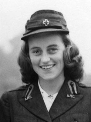 Кэтлин Кеннеди погибла в авиакатастрофе вместе с своим женихом.