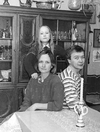 Татьяна и Сергей Прохановы с дочерью Анастасией, 1980-е годы.