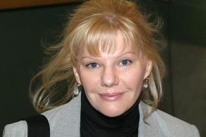 Александра Захарова - Непокорная дочь