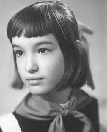 Аня Самохина в детстве
