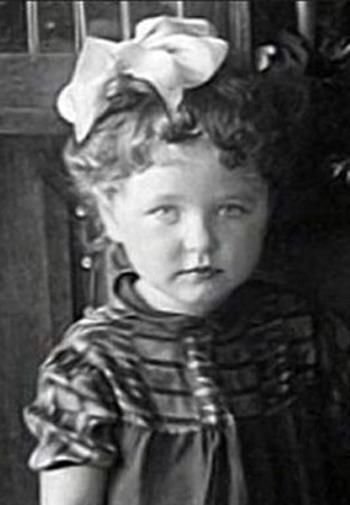 Наташа Фатеева в детстве