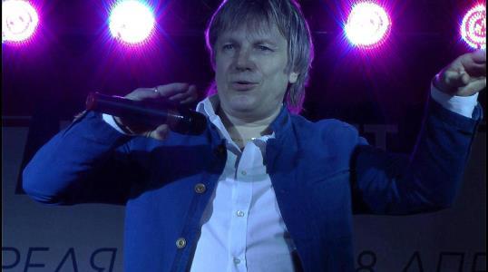 Виктор Салтыков на сцене