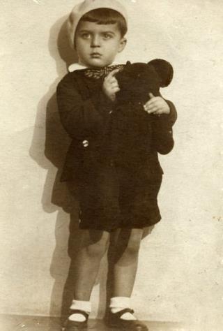 Илья в детстве