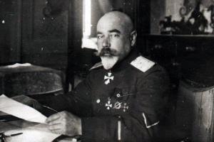 Антон Деникин - биография, фото, личная жизнь