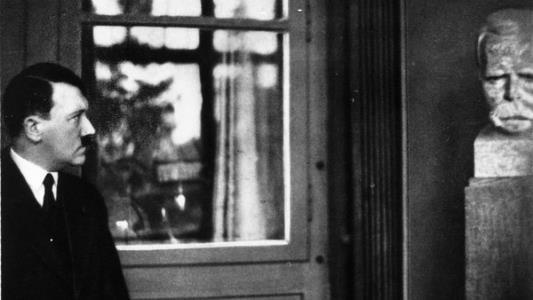 Адольф Гитлер и Ницше