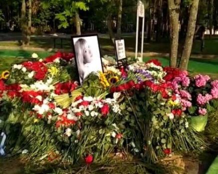 Могила Веры Глаголевой