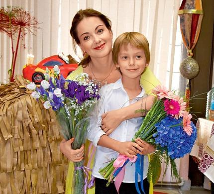 Прекрасная Ольга Будина с сыном Наумом