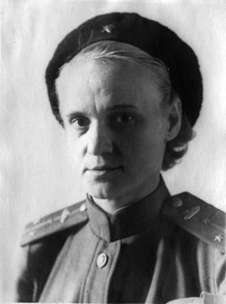 Дочь Кирова Евгения Вострикова