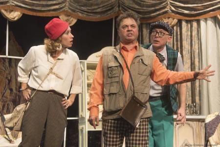 Андрей Леонов на сцене театра