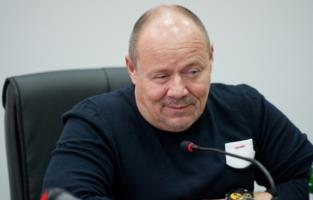 Алексей Маклаков: Разница в 25 лет нас с женой совсем не смущает
