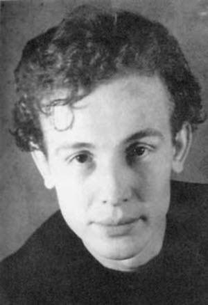 Иннокентий Смоктуновский в молодости