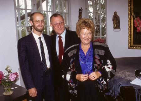 Ингвар Кампрад с женой и сыном