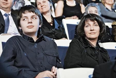 Жена и сын на юбилейном вечере Жванецкого