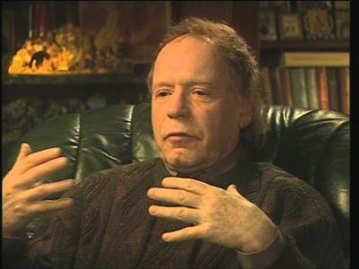 Эдвард Радзинский в роли телеведущего в своей программе