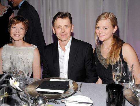 Михаил Барышников с женой Лизой Райнхарт и дочерью Анной