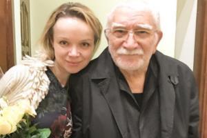 Армен Джигарханян и Виталина Цымбалюк