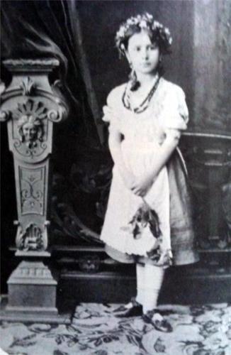 Будущая великая балерина - Юная Малечка
