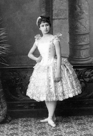 Матильда в детстве, 8 лет.