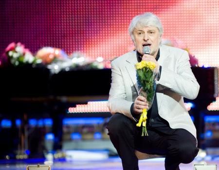 Вячеслав Добрынин на сцене