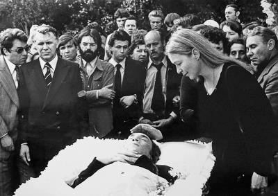 Прощание Марины Влади с Высоцким, 1980 г.