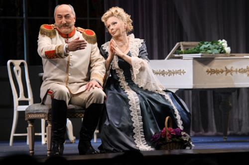 Борис Клюев на сцене театра
