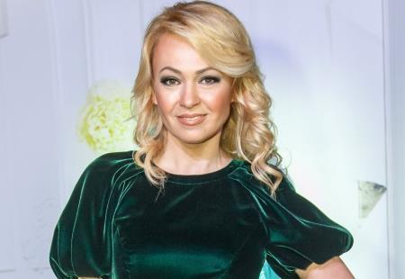 Яна Рудковская - продюсер и телеведущая