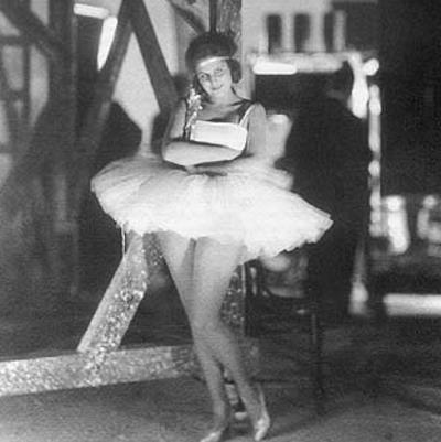 Лени Рифеншталь - юная танцовщица