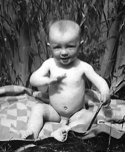 Олег в детстве