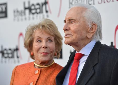 Кирк Дуглас с женой Энн