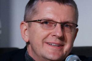 Юрий Аксюта - биография, личная жизнь, фото телепродюсера