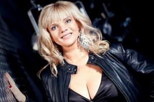Марина Журавлева - биография, личная жизнь, фото, песни певицы