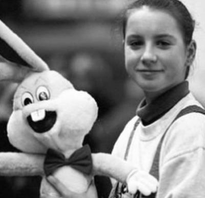 Ирина Слуцкая в юности
