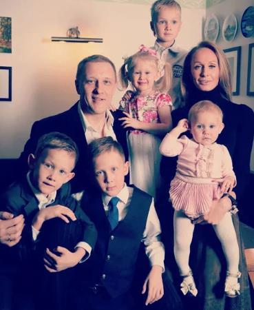 Сергей Горобченко с семьей