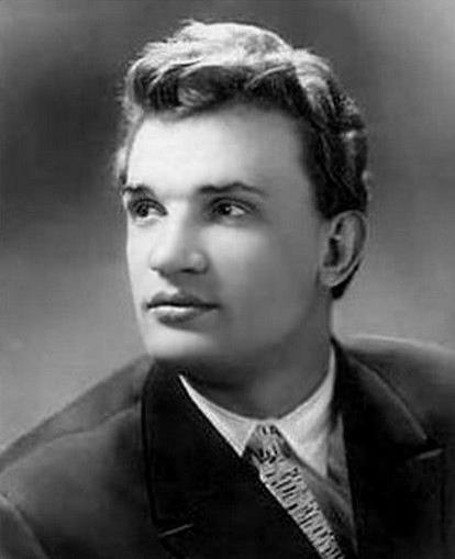 Евгений Урбанский в молодости