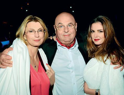 Владимир Долинский с женой Натальей и дочерью Полиной