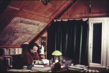 Александр Мень - работа над книгами.