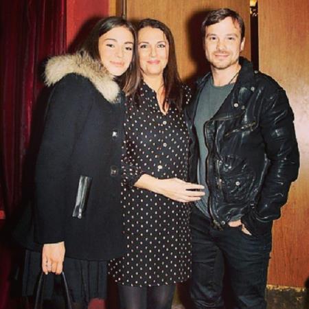 Татьяна Лютаева с дочерью Агнией и Алексеем Чадовым