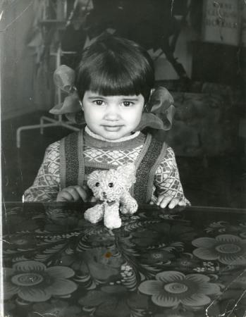 Ира в детстве
