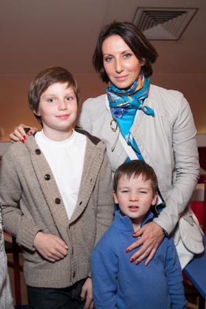 Алика Смехова с сыновьями