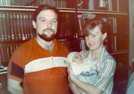 Михаил Круг с первой женой Светланой и сыном