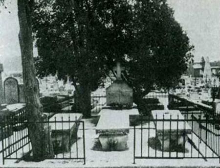 Фамильное захоронение Дюма в Виллер- Котре