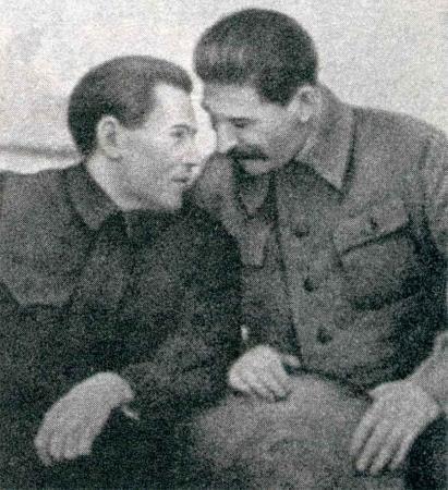 Николай Ежов и Иосиф Сталин