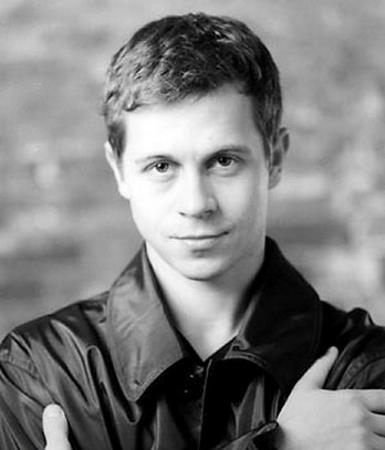 Павел Деревянко в молодости