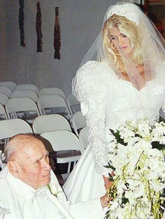 Свадьба с Джеймсом Говардом Маршаллом II? 1994 г.
