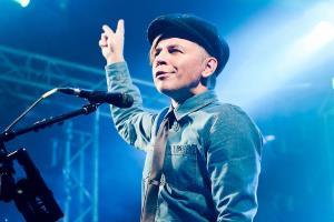 Илья Лагутенко: биография, личная жизнь, фото, песни певца и музыканта