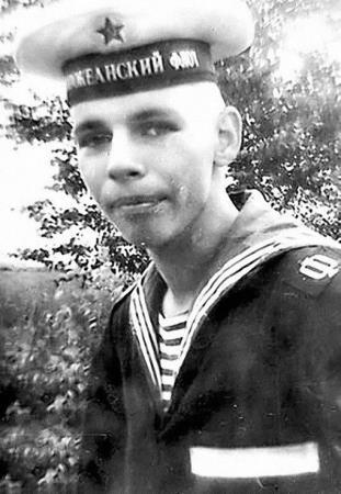 Илья Лагутенко в годы службы в ВМФ
