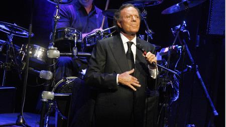 Хулио Иглесиас на концерте