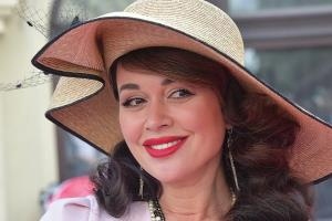Анастасия Заворотнюк: биография, личная жизнь, фото актрисы