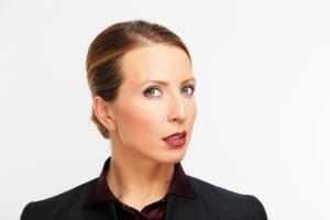 Яна Чурикова: биография, личная жизнь, фото телеведущей