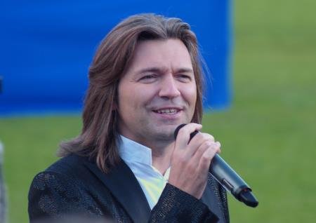 Певец Дмитрий Маликов